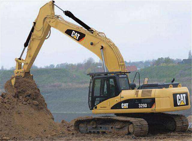 对柳工牌挖掘机洪水冲毁前的价值和当前剩余价值进行评估
